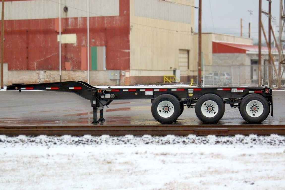 32' Reverse B-Train Container Chassis (Rear Chassis)